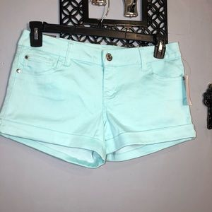 CELEBRITY PINK NWT ladies cool mint denim shorts
